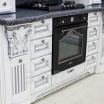 кухни с фасадами из массива бука,дуба или ясеня
