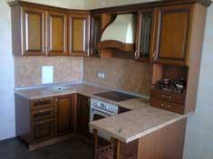 деревянные фасады на кухне